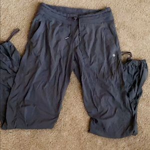 Lululemon drawstring pants never worn, VERY cute💙